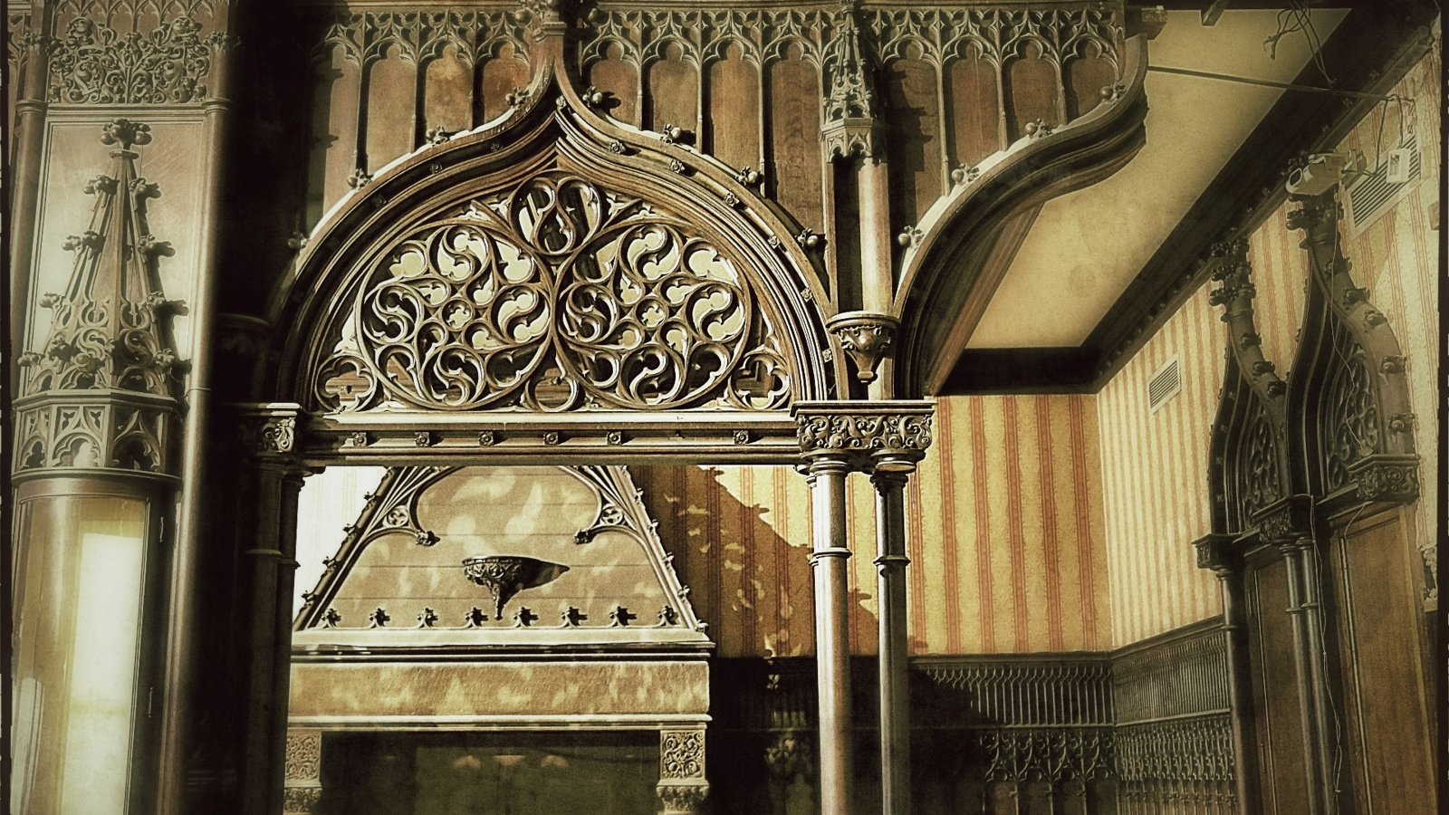Chicago Athletic Association Detail 02