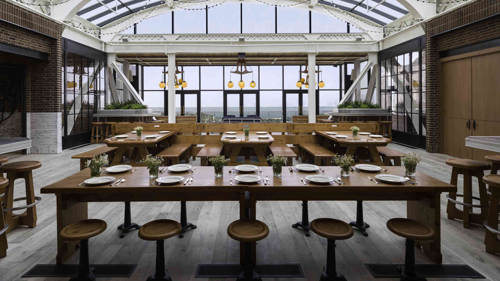Chicago Athletic Association_Cindy's_Terrace View_Dining Room_Thomas Shelby