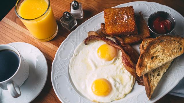 Breakfast at Cherry Circle Room