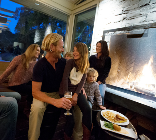 Carmel Valley Ranch_Lifestyle_family in restaurant
