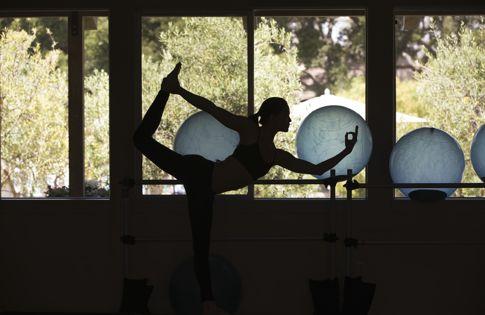 Carmel Valley Lifestyle Yoga 01 THS0614