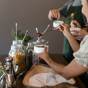 Carmel-Valley-Ranch_Group-Activities_Bath-and-Body_Experimental-Market_Sugar-Scrub-Blending_72_SRusso