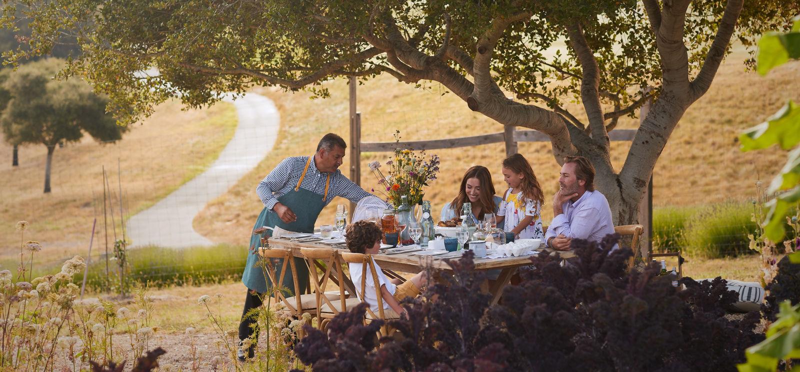 Carmel Valley Ranch_Lifestyle_Organic Garden_Family Breakfast_GJ_0450_v1_current