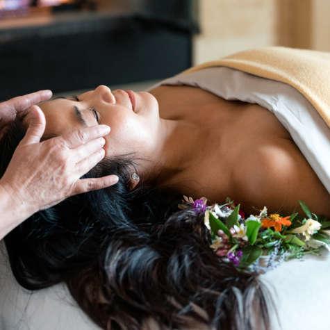 Carmel Valley Ranch_Spa Aiyana_Lifestyle_female flowerbed_massage_19_SRusso