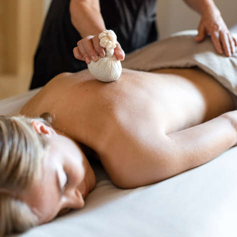 Carmel Valley Ranch_Spa Aiyana_Lifestyle_female massage_pultice_30_SRusso