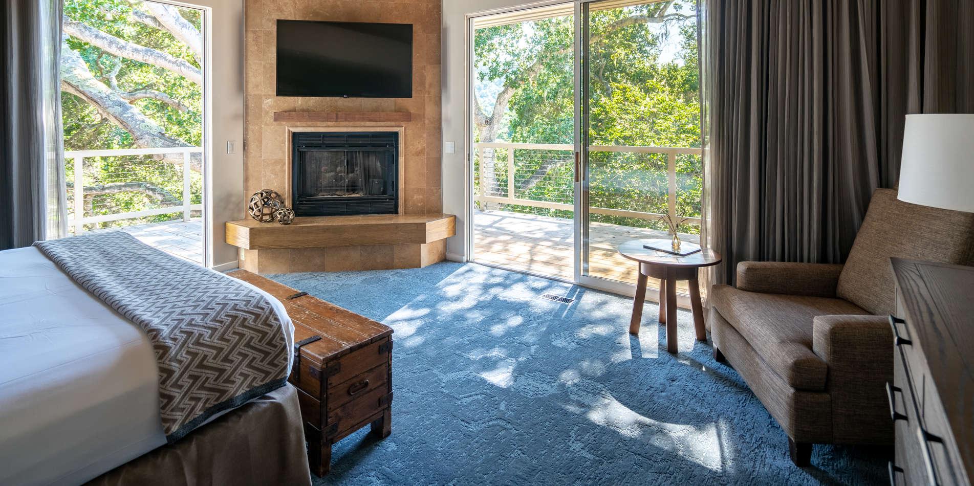 Carmel Valley Ranch_Accommodations_Garland_Bedroom_110_2_CR.jpg