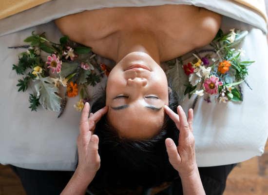 Carmel Valley Ranch_Spa Aiyana_Lifestyle_female flowerbed_massage_20_SRusso
