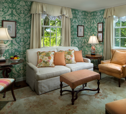 TheCarolinaInn_Accommodations_SuiteParlor