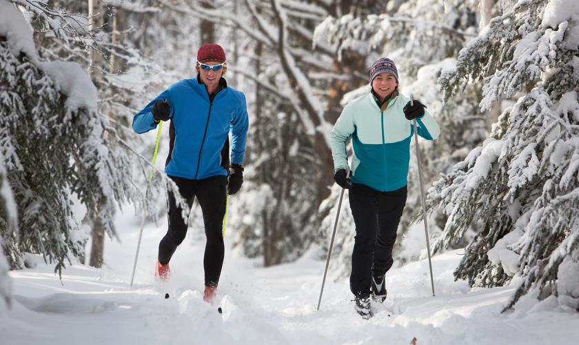 RSC_Nordic_Skiing_Couple