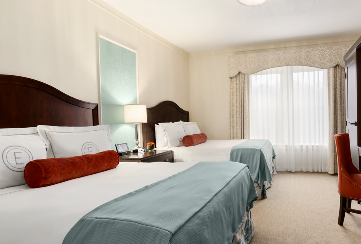 Elms_Classic Two Queen Bed_Pool View