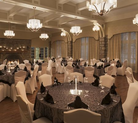 Elms_Regent Ballroom_Rounds Setup