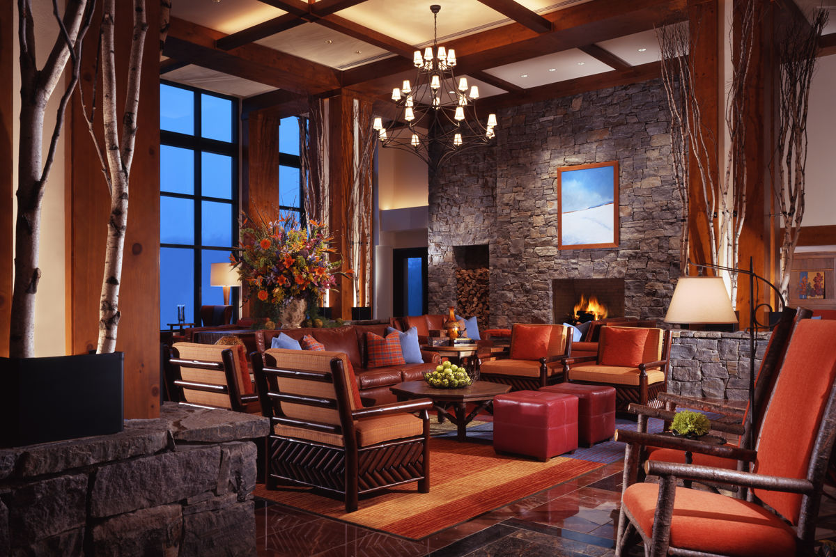 Stowe_Accommodations_Lodge_Interior