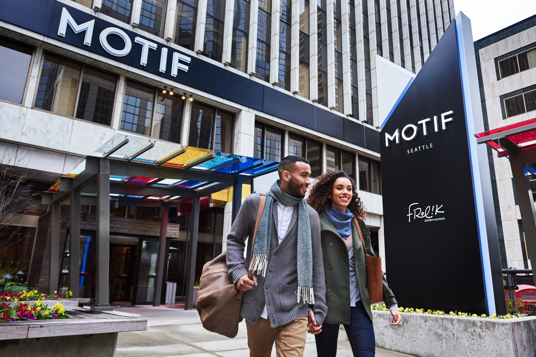 Motif_Departure_lifestyle_exterior