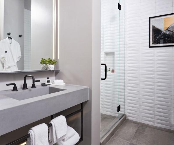 TheShay_Guestroom_Bathroom