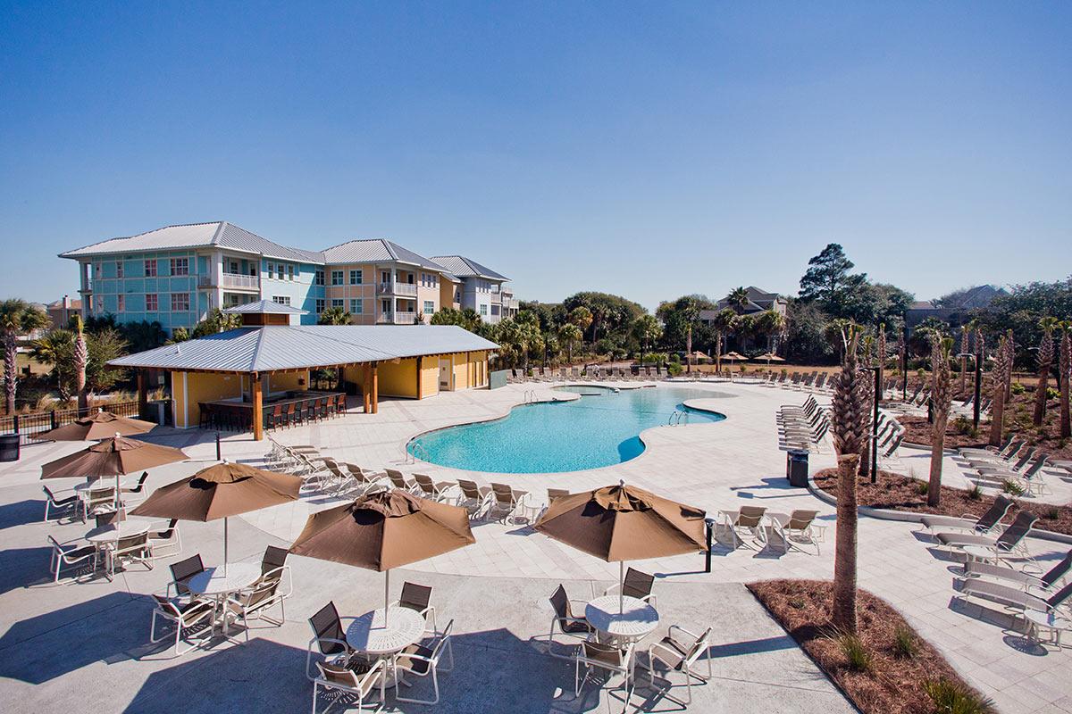 Palm Cove Pool