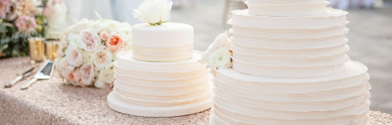 squawcreek_wedding_twocakes
