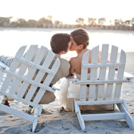 Paradise_wedding_bride&groom_beach_chairs