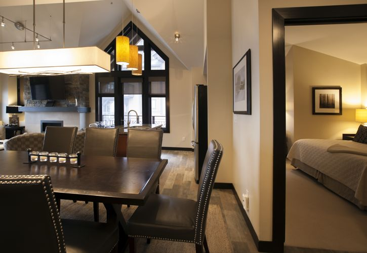 Capitol Peak Lodge, luxury condominiums ski-in/ski-out to Snowmass
