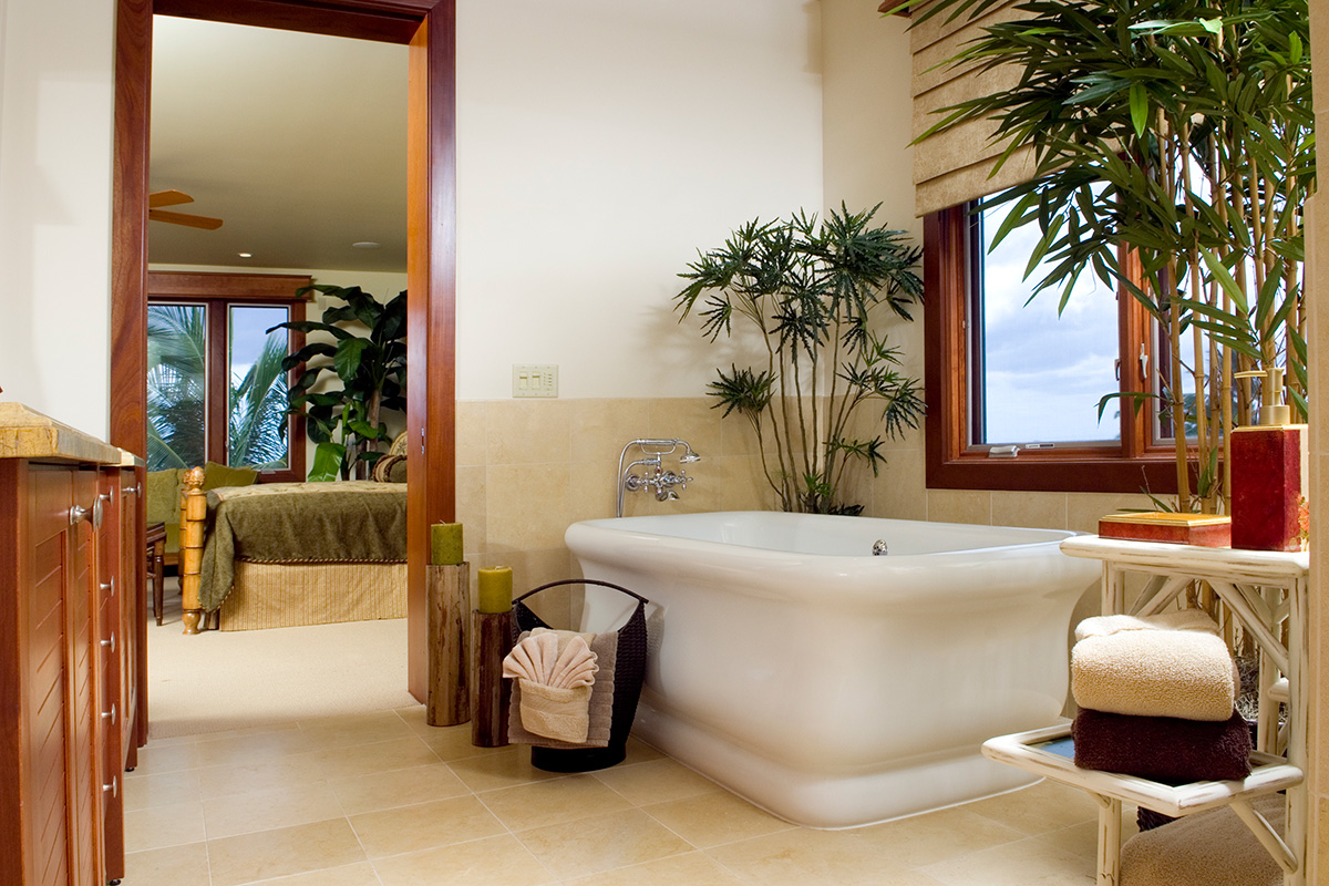 Luxury master bath at Wailea Beach Villas