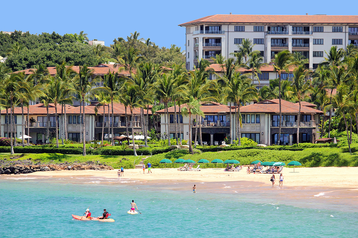 Beach activities on Wailea Beach