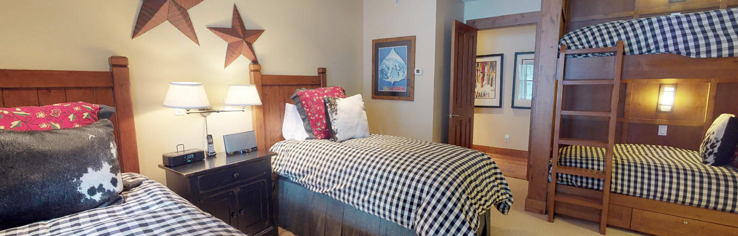 drsnowmass_accommodations_countryside_4bdt_guestbedroom
