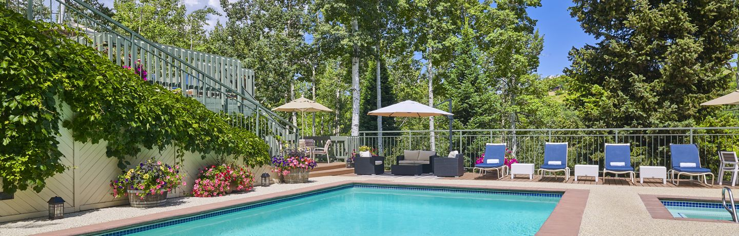 drsnowmass_accommodations_tov_pool_summer2018