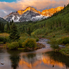 A summer sunset in the Maroon Bells Wilderness, Snowmass Colorado