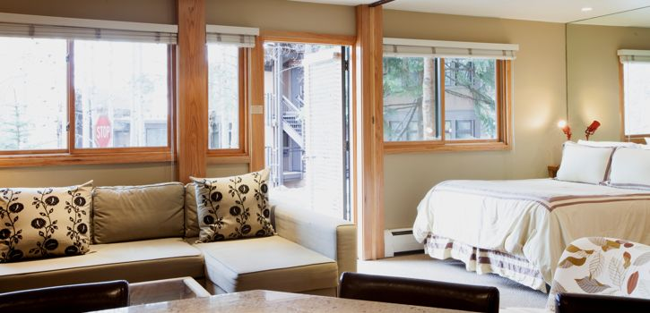 drsnowmass_accommodations_laurelwood_stdd_bed