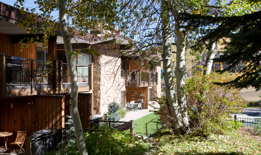 Snowmass_DRS_Shadowbrook_exterior_Summer