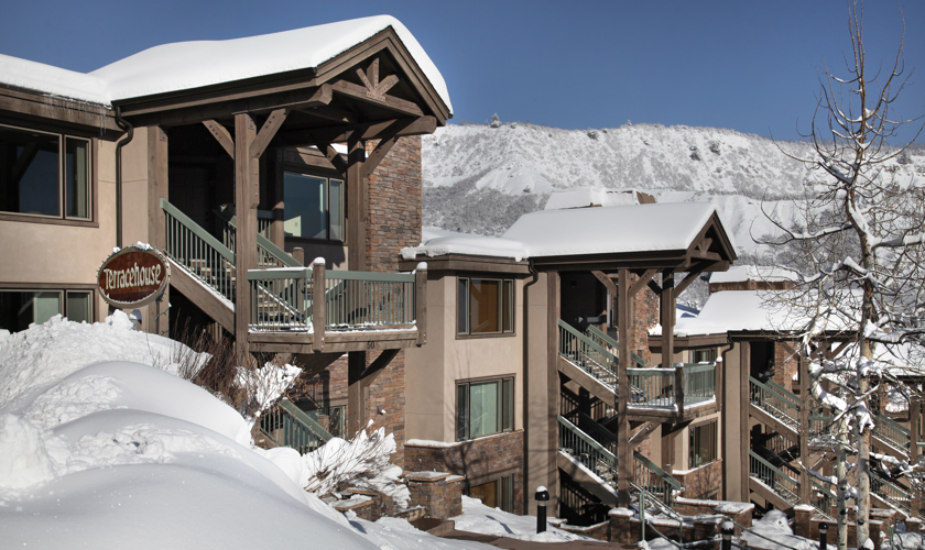 Snowmass_Terracehouse_Exterior_Winter2