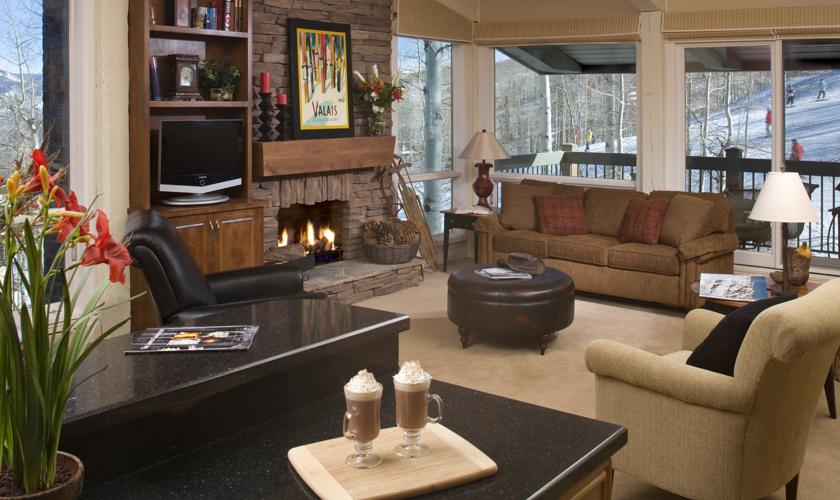 Snowmass_TOV_Condo_living_room4