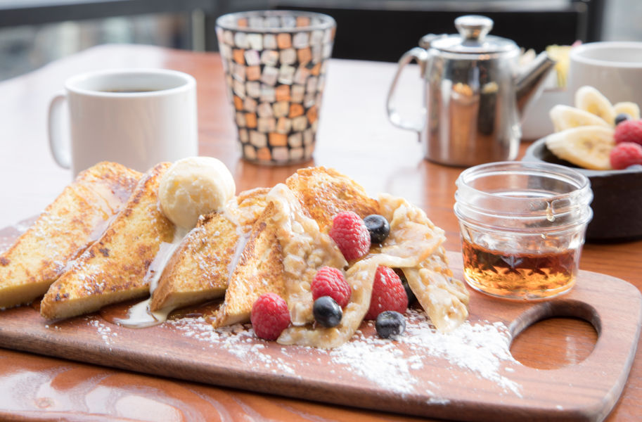 drsnowmass_dining_artisan_breakfast_frenchtoast