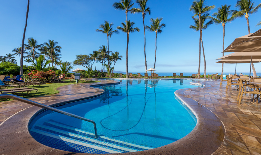 DR_Hawaii_Ekahi_Grounds_Pool