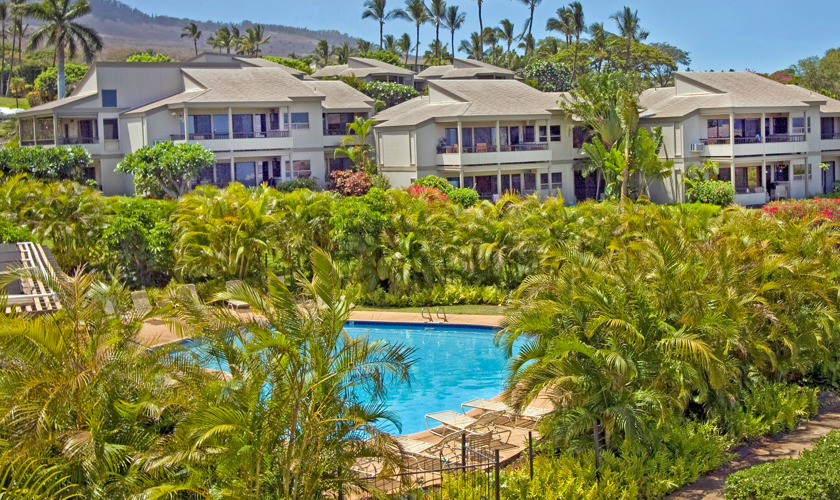 DR_Hawaii_Ekolu_Exterior_Grounds_Pool