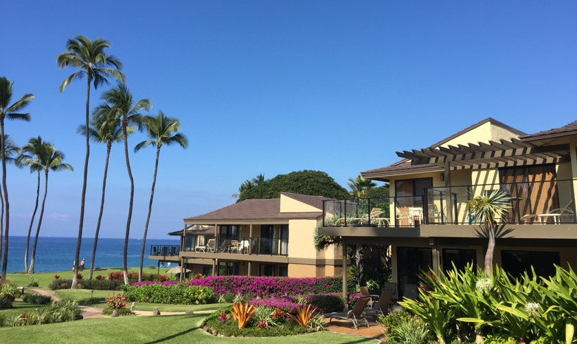 DR_Hawaii_Elua_Exterior_Grounds_View