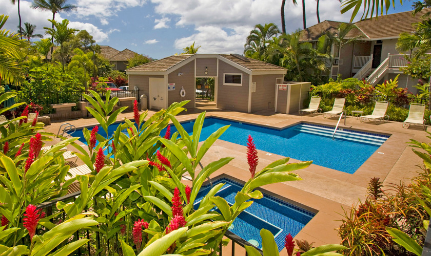 DR_Hawaii_Grand Champions_Grounds_Pool_Jacuzzi