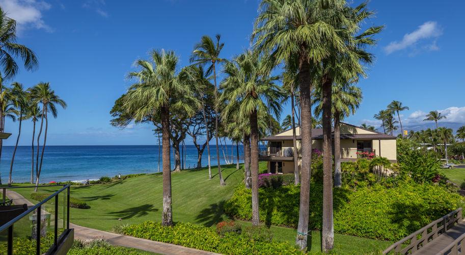 DR_Hawaii_Elua_Grounds_2nd Fl View