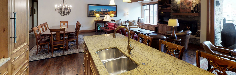 drvail_accommodations_landmark_4B4P_kitchen