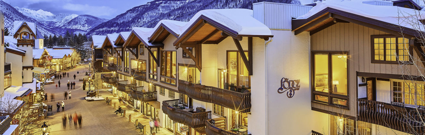 <b>Lodge exterior in Vail, CO.</b>
