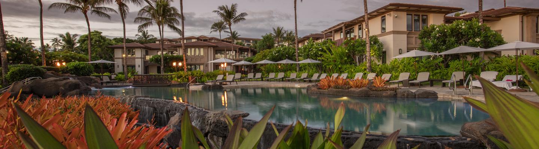 DR_Hawaii_Wailea Beach Villas_Pools_Adult Pool_Villas_Foliage_1