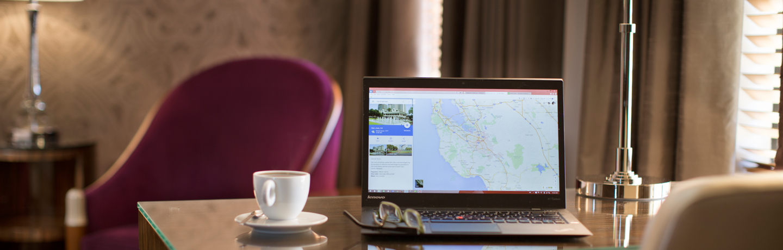Hotel De Anza_Guest Room_Desk_Lifestyle
