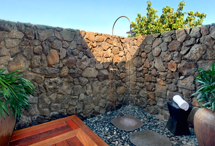DRH_Kauai_Residences_bungalowB_2bedroom_1story_bath_outdoorshower