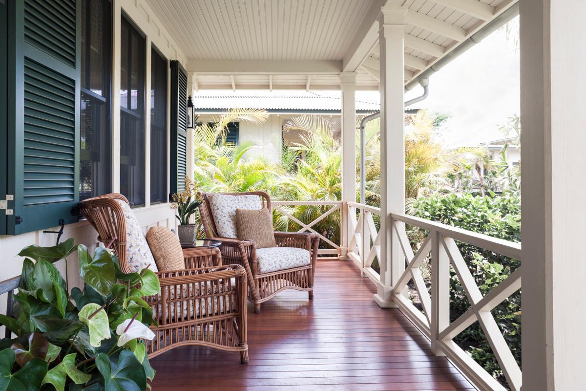 DRH_Kauai_Residences_Cottage_exterior_porch