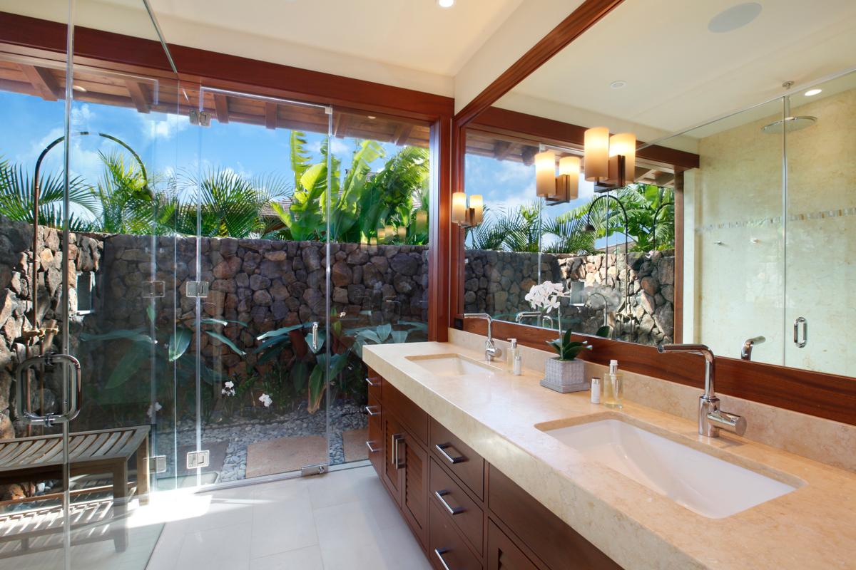DRH_Kauai_Residences_Villas_bath1