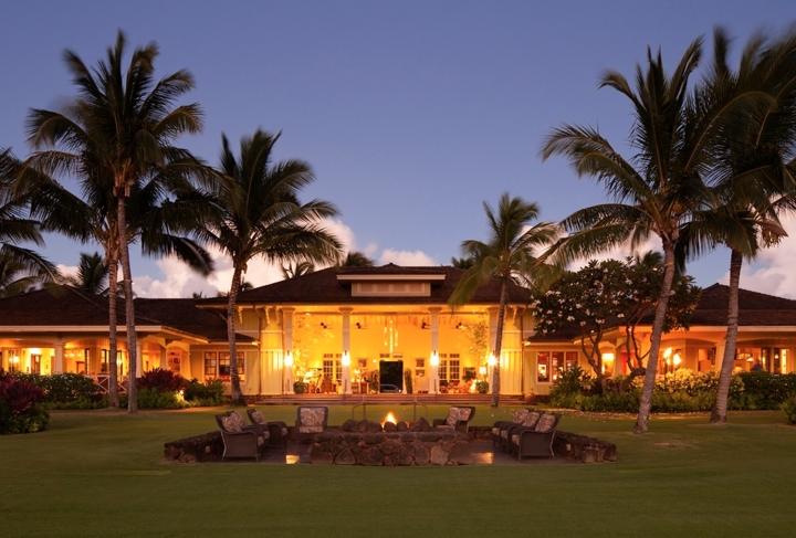 DRH_Kauai_Residences_Kukui'ula_Lifestyle_clubhouse_night