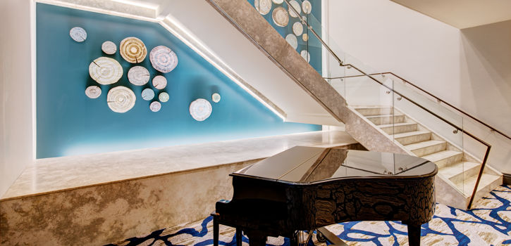 Motif_MeetingSpace_Staircase