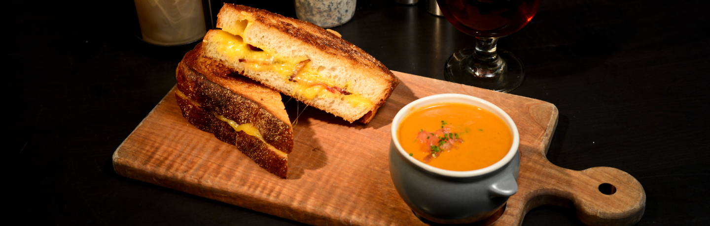 The Scottsdale_Dining_GrilledCheeseTomatoSoup