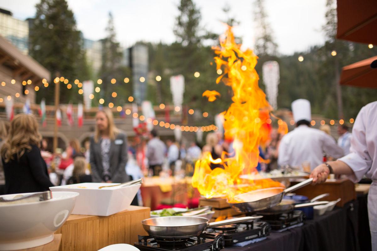 RSC_Banquet_FoodSetup_Fire_3