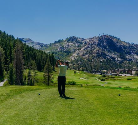 RSC_Rooms_Summer_Golf_Eric Top Hole Swing 2