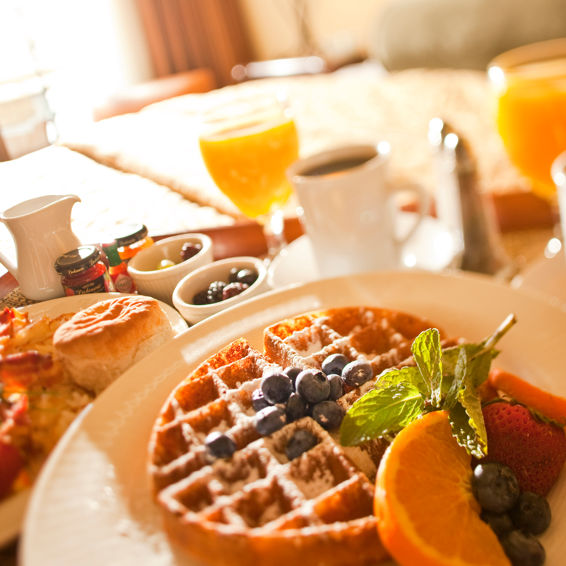 Resort at Squaw Creek_Restaurant_Room Service